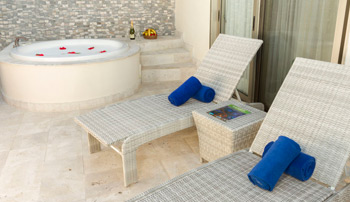 Select Club Adults Only Penthouse - Sandos Caracol Eco Resort & Spa - All Inclusive - Cancun, Mexico